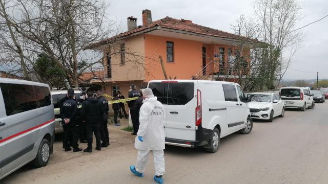 Kocaelide yaşlı adam evinde ölü bulundu: 6 şüpheli gözaltında