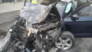 İstanbul'da otomobille minibüs çarpıştı: 1 ölü, 5 yaralı