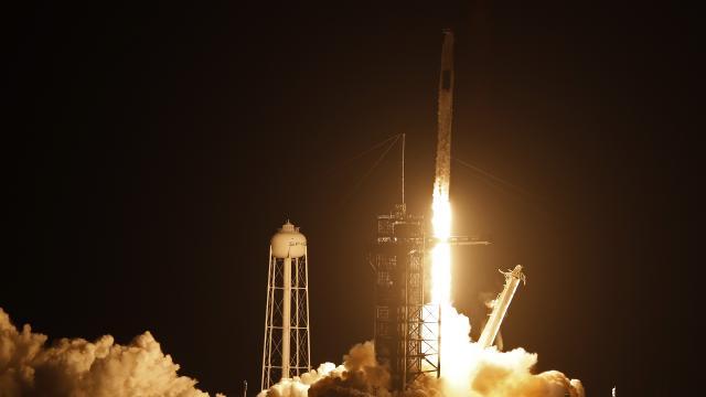 SpaceX, ikinci kez uzay istasyonuna astronot gönderdi