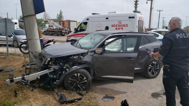 Antalyada trafik kazası: 2si ağır 5 yaralı