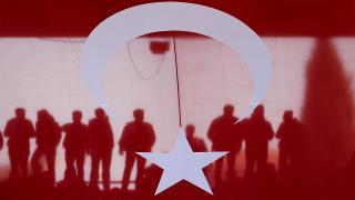 Dünyanın en büyük Türk bayrağı göklerle buluşturulacak