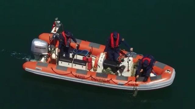 Çanakkalede deniz dibinden 757 ahtapot tuzağı çıkarıldı