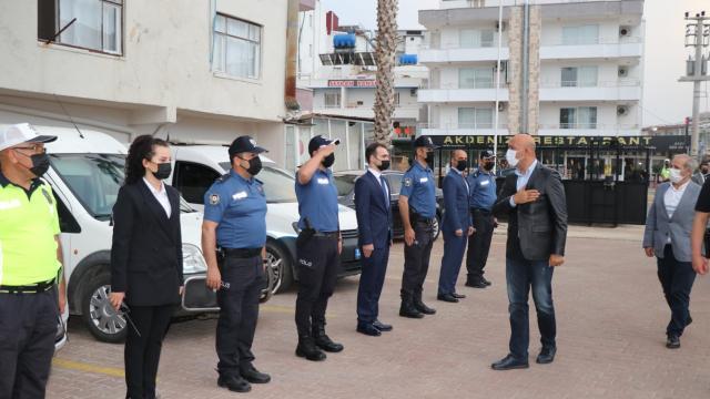 Mersin Emniyet Müdürü Mehmet Şahne, Erdemlide bağlı birimleri ziyaret etti