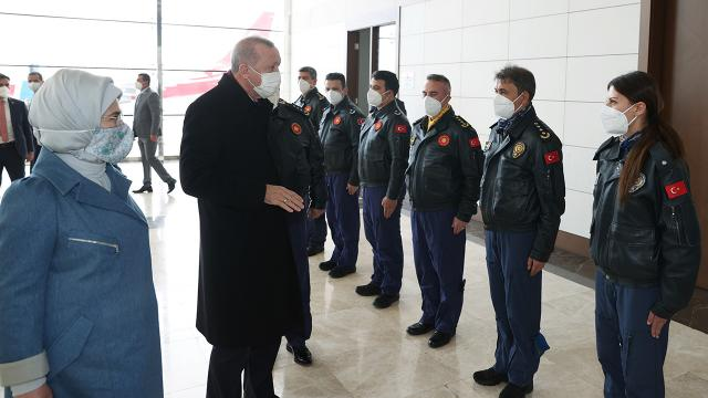 Cumhurbaşkanı Erdoğandan pilotlara kutlama