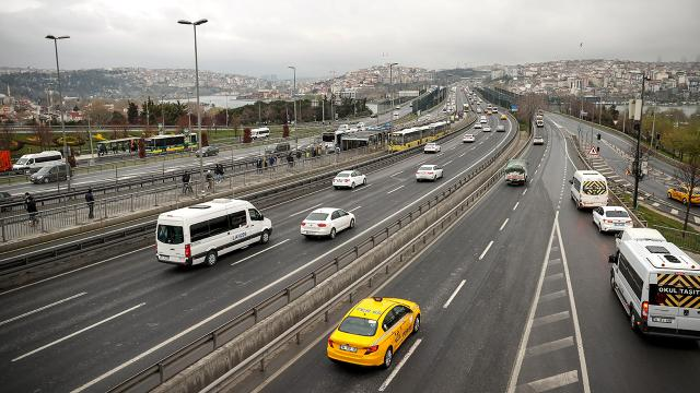 İstanbulda kısıtlama sonrası trafik sakin seyrediyor