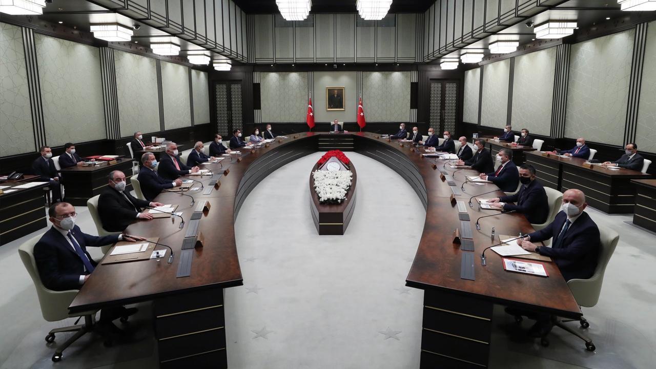 Kabine 1 Haziran sonrasının yol haritası için toplandı