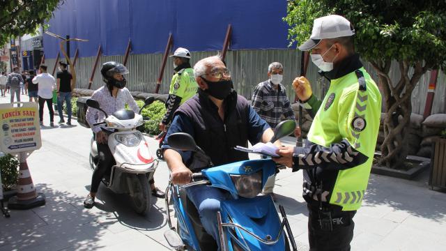 Hatayda motosiklet sürücüleri trafik kurallarına uymaları konusunda ikaz edildi