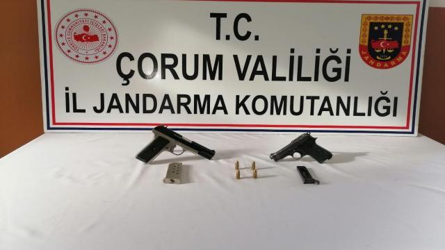 Osmancıkta ruhsatsız tabanca ele geçirildi