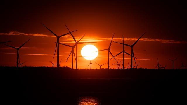 Rüzgar enerjisi maliyetleri azalıyor