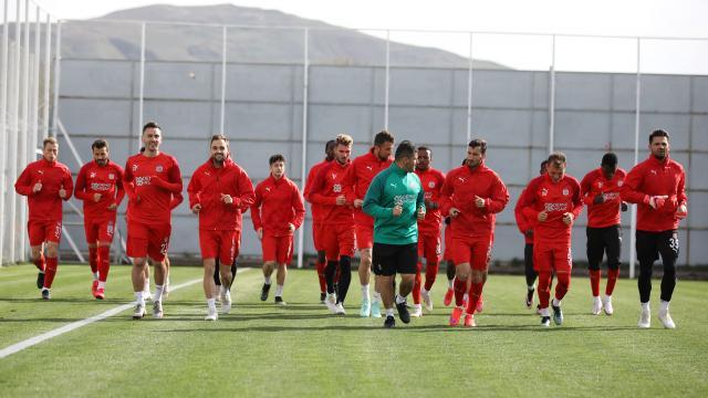 Sivassporda Yeni Malatyaspor maçı hazırlıkları başladı