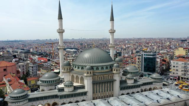 Taksim Camii 7 Mayısa hazırlanıyor