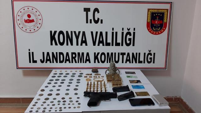 Konyada tarihi eser kaçırdıkları iddia edilen 5 kişi gözaltına alındı