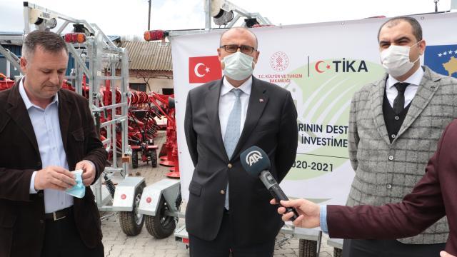 TİKAdan Kosovadaki süt üreticilerine destek
