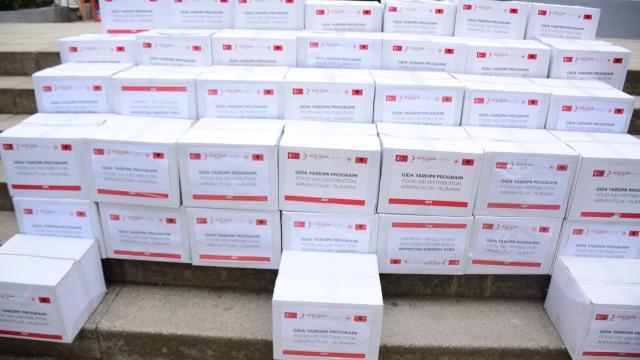 Türk Kızılay, Arnavutluktaki ihtiyaç sahiplerine ramazan yardımı yaptı