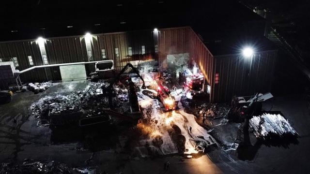 Bilecikte alüminyum fabrikasında çıkan yangın söndürüldü