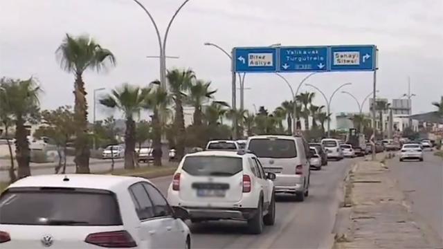 Tam kapanma öncesi Bodrumda trafik kilitlendi
