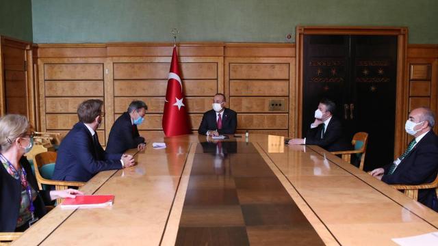Bakan Çavuşoğlu, Uluslararası Kızılhaç Komitesi Başkanı ile görüştü