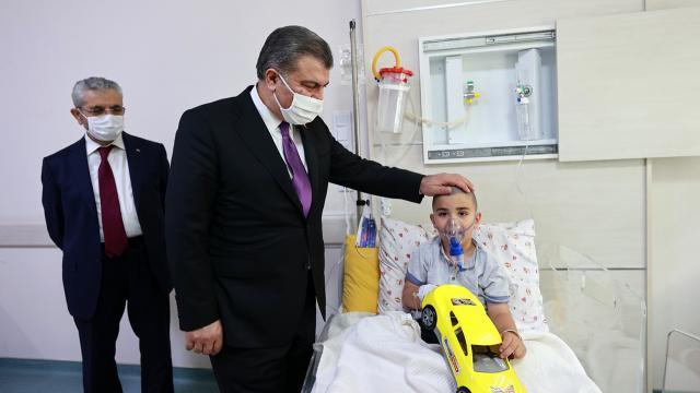 Sağlık Bakanı Kocadan Kepez Devlet Hastanesine ziyaret