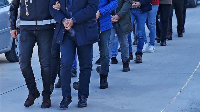 Eskişehirde FETÖ operasyonu: 7 gözaltı