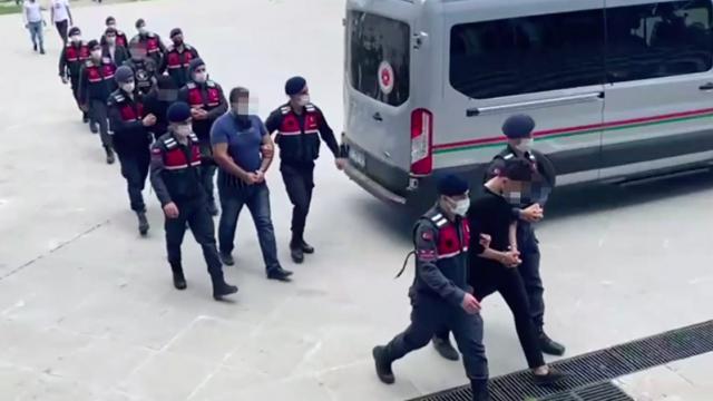 Mersin ve Hatayda silah kaçakçılığı operasyonu: 5 tutuklama