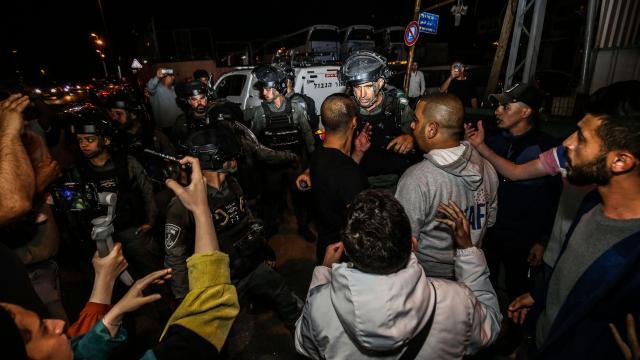 İsrail Doğu Kudüste yine Filistinlilere müdahale etti