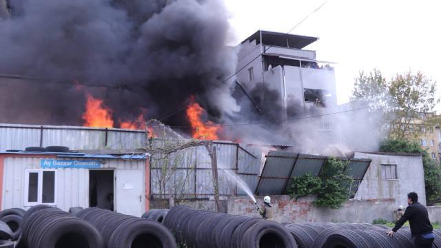Eyüpsultanda depo yangını