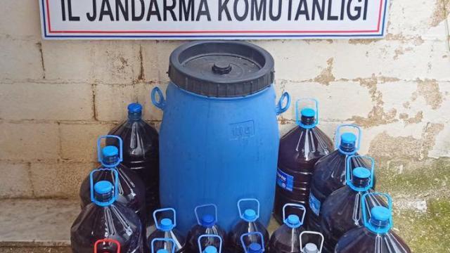 Kırklarelinde bir evde 550 litre kaçak içki ele geçirildi