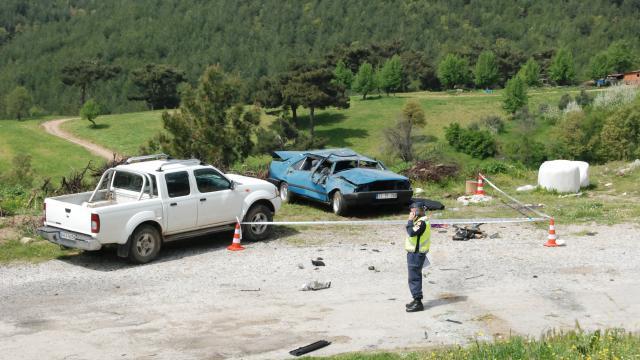 Çanakkalede trafik kazası: 1 ölü, 1 yaralı