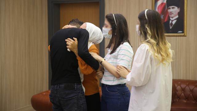 İkna yoluyla teslim olan terörist ailesiyle buluşturuldu