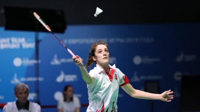 Neslihan Yiğit, Avrupa Badminton Şampiyonasında yarı finalde