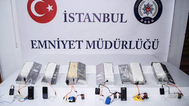 İstanbulda 5 kilogram ağırlığında 6 plastik patlayıcı ele geçirildi