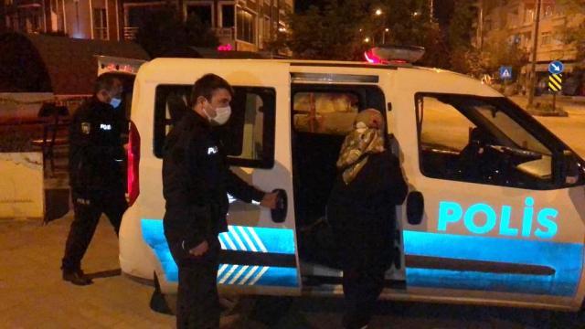 İstanbuldan Amasyaya gelen ancak köyüne gidemeyen kadını evine polis götürdü