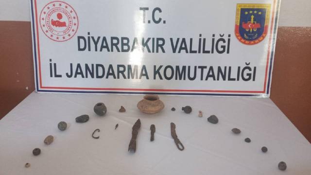 Diyarbakırda 21 tarihi eser ele geçirildi
