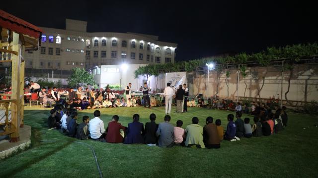 TİKA Afganistandaki yetimlere iftar verdi