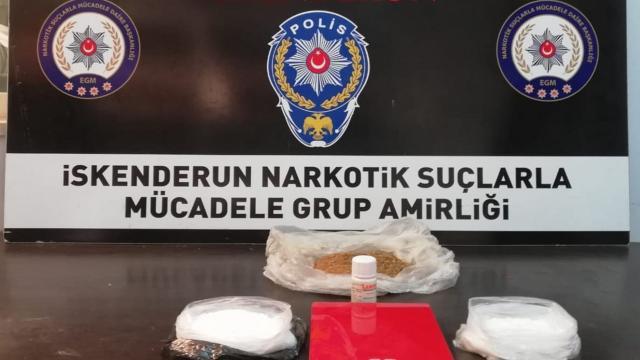 Hatayda uyuşturucu operasyonu: 2 gözaltı