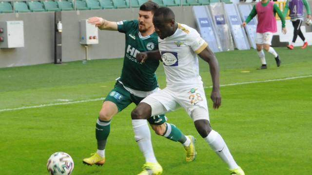 Akhisarspor TFF 1. Lige veda etti