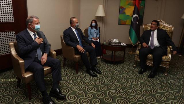 Libya Başkanlık Konseyi Başkanı el-Menfi, Çavuşoğlu ve Akarı kabul etti