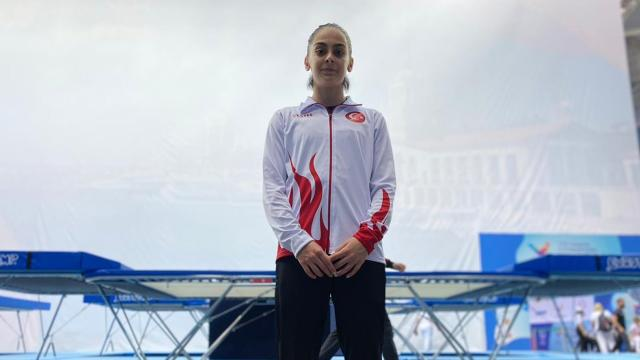 Milli sporcu Elif Çolaktan bir ilk