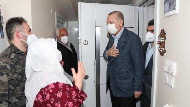 Cumhurbaşkanı Erdoğandan Sultanbeylide ev ziyareti