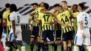 Fenerbahçe zirve yarışından kopmadı