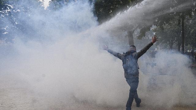 Fransadaki 1 Mayıs gösterilerinde 39 kişi gözaltına alındı