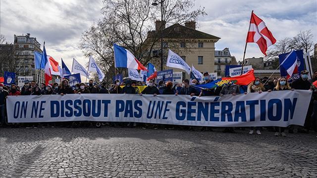 """Fransada Müslüman karşıtı """"Generation Identitaire"""" oluşumunun faaliyetlerine son verildi"""