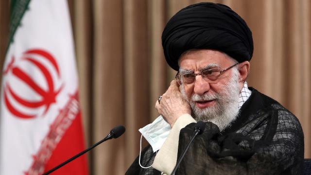 İran lideri Hamaney Zarifi eleştirdi: Bu sözler ABDnin sözlerinin tekrarıdır