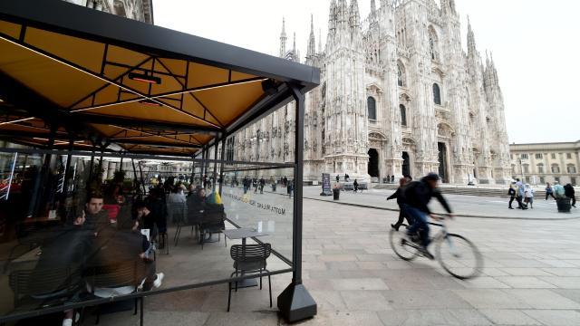 İtalyada 201 kişi daha hayatını kaybetti