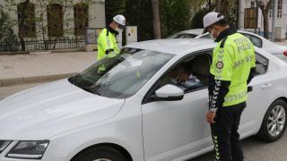Manuel doldurulan çalışma izin belgelerinin geçerlilik süresi uzatıldı