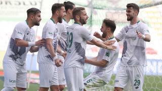 Konyaspor ikinci yarı açıldı