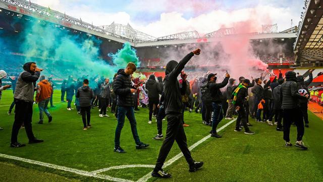 Manchester United-Liverpool maçına protesto engeli