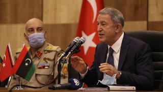 Bakan Akar: Kıbrıs'ta egemen ve bağımsız bir Türk devleti istiyoruz