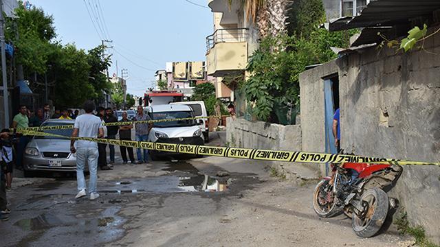 Adanada bir evde piknik tüpü patladı: 3 yaralı