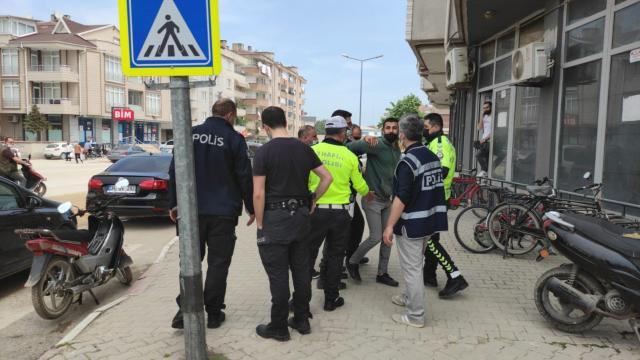Bitliste 12 kişiye kısıtlamayı ihlalden para cezası verildi